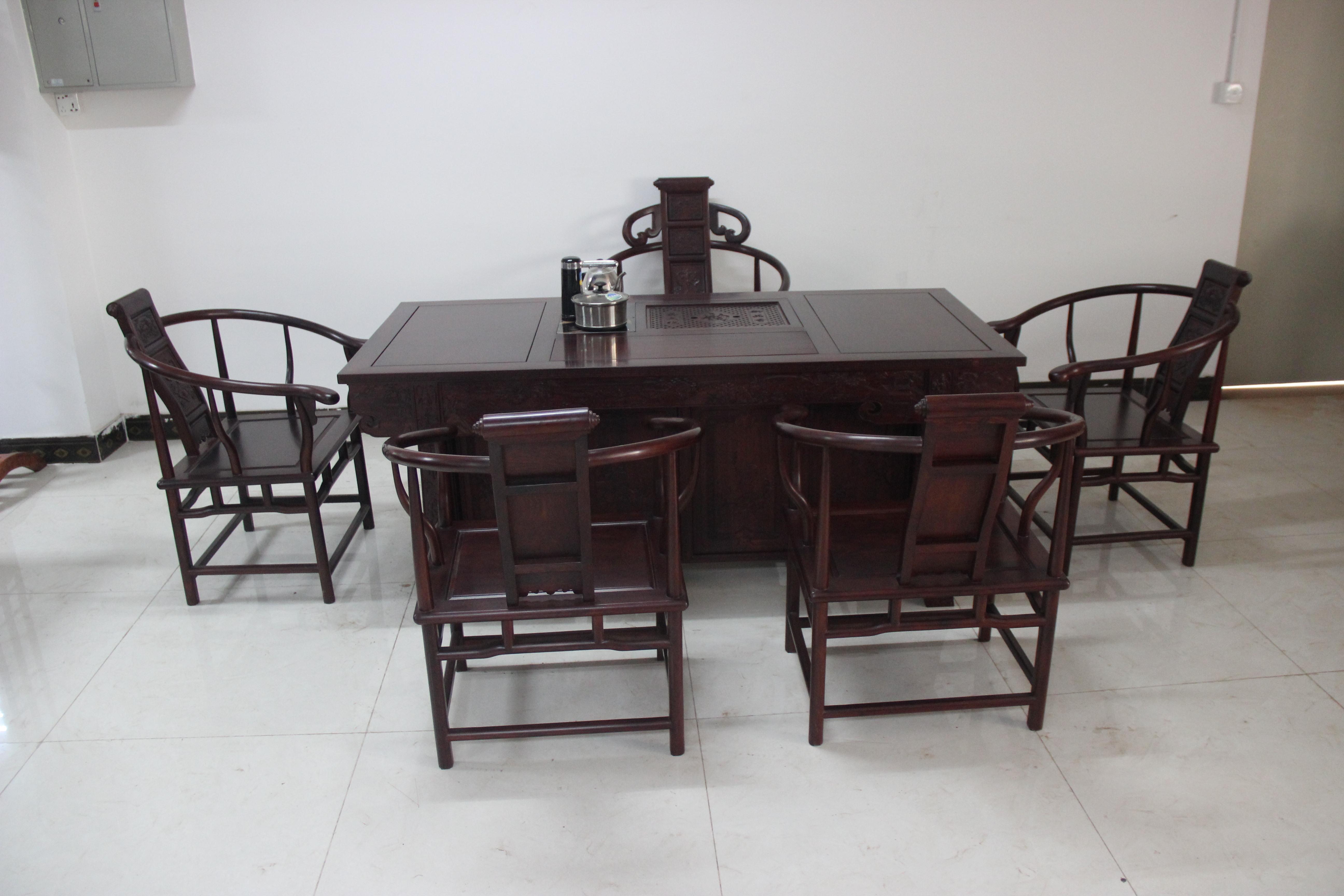 qq餐厅餐桌怎么取消_餐厅 餐桌 茶几 家具 装修 桌 桌椅 桌子 5184_3456